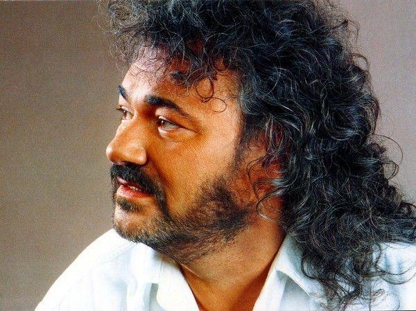 Тарас петриненко у 1989 випустив альбом - я професійний раб